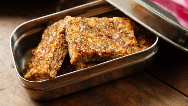 lunchbox Dani granola bars good food